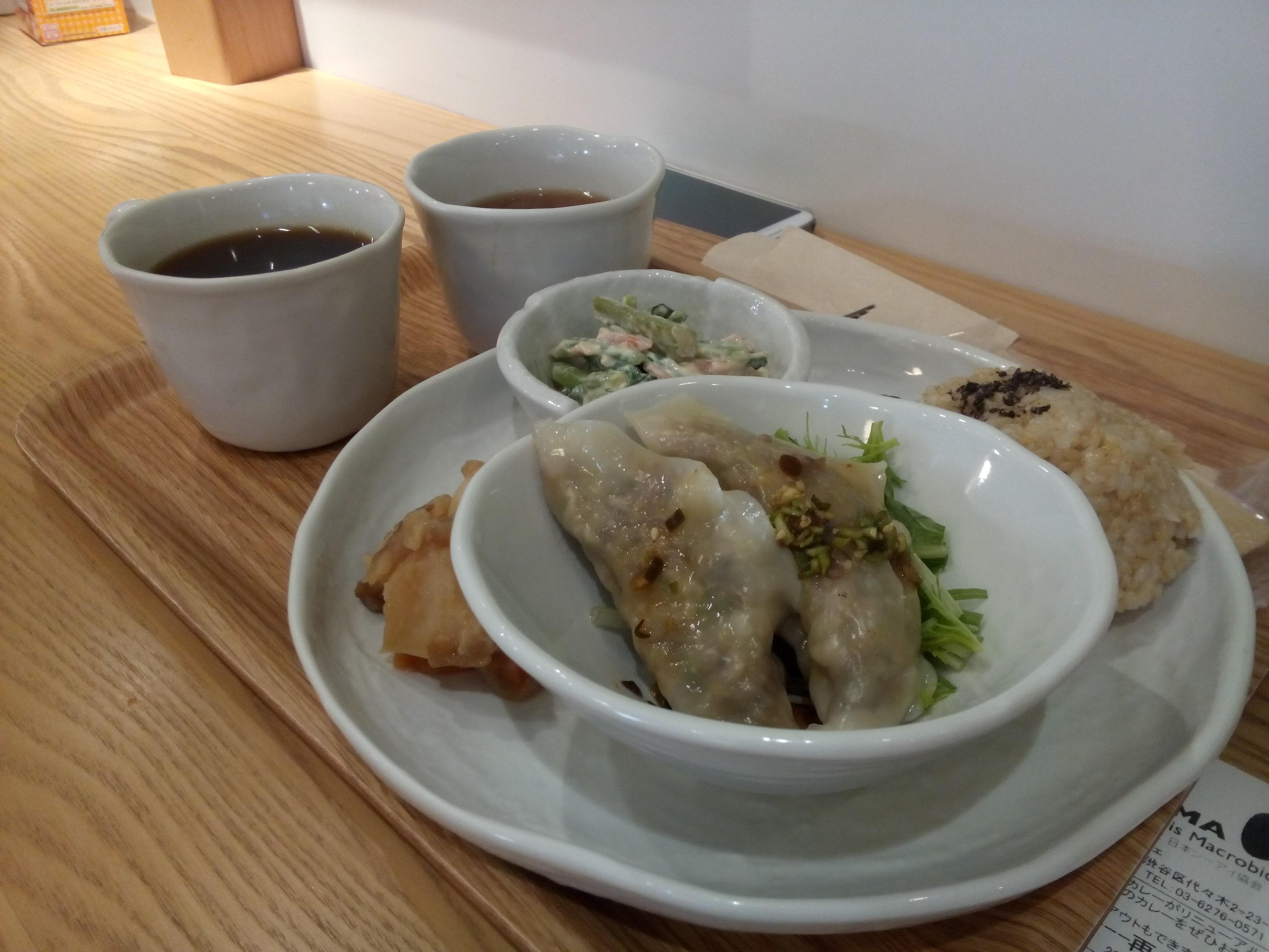 Veggie plate with gyoza